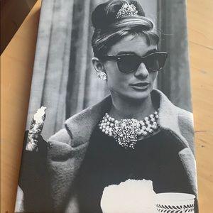 Audrey Hepburn breakfast at Tiffany's canvas art